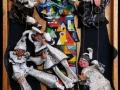 Bohócakrobaták (falapon gipsz, textil, fa) 35x50 cm